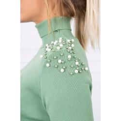 Palaidinė su perlais