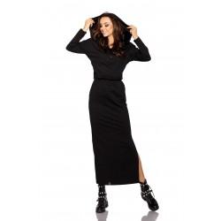 Ilga suknelė su kapišonu